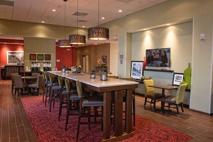 Restaurant | Hampton Inn & Suites Boone