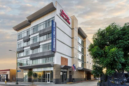 Exterior | Hampton Inn & Suites Los Angeles/Hollywood