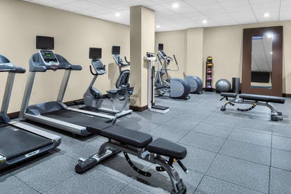 Health club | Hampton Inn & Suites Los Angeles/Hollywood