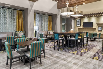 Restaurant | Hampton Inn & Suites Los Angeles/Hollywood