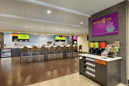 Restaurant | Home2 Suites by Hilton Macon I-75 North