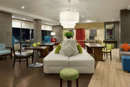 Lobby   Home2 Suites by Hilton Macon I-75 North