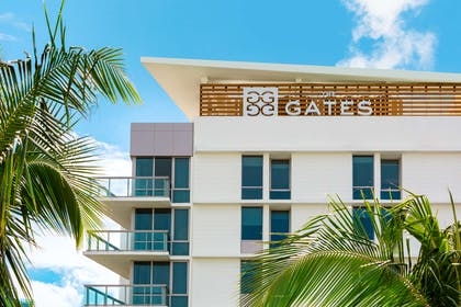 Exterior | The Gates Hotel South Beach - a DoubleTree by Hilton
