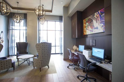 Business Center | Hampton Inn & Suites Downtown St. Paul