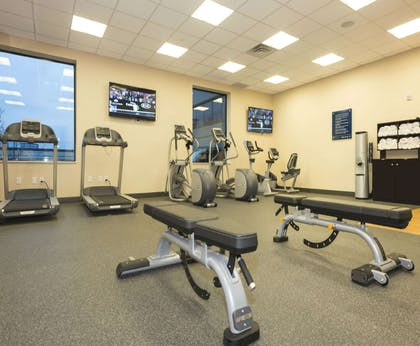 Health club | Hampton Inn & Suites Minneapolis University Area