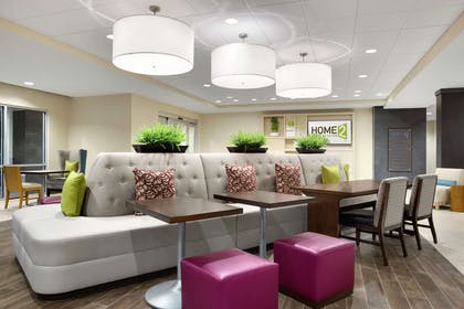 Lobby | Home2 Suites by Hilton Middletown