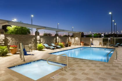 Pool | Home2 Suites by Hilton Phoenix Glendale-Westgate