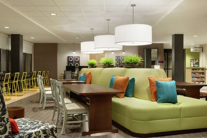 Lobby | Home2 Suites by Hilton Richland
