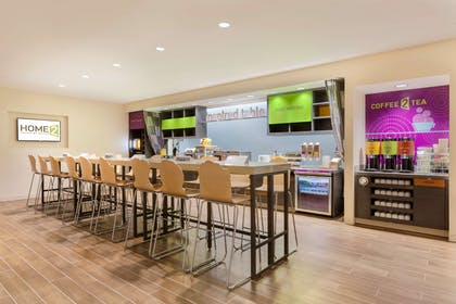 Breakfast Area | Home2 Suites By Hilton Youngstown West - Austintown