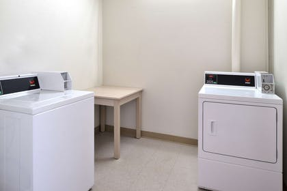 Guest Laundry Facility | Americas Best Value Inn & Suites Maryville