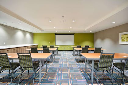 Meeting Room   Home2 Suites by Hilton Livermore