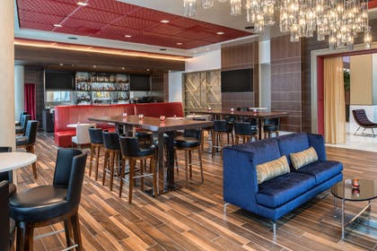 BarLounge   Embassy Suites by Hilton Seattle Downtown Pioneer Square