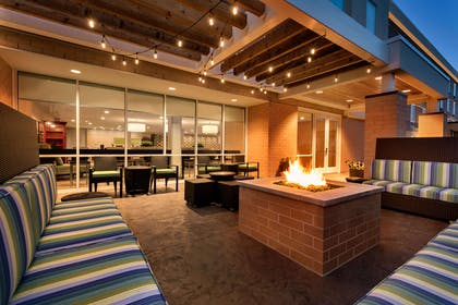 Exterior | Home2 Suites by Hilton Menomonee Falls Milwaukee