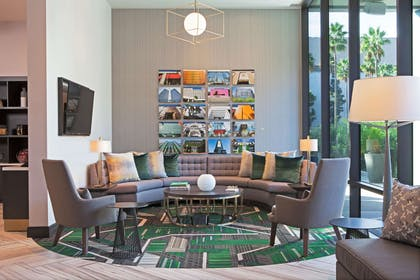Lobby | H Hotel Los Angeles, Curio Collection by Hilton
