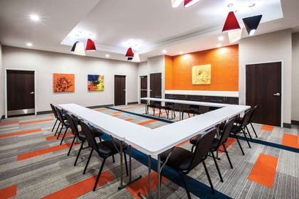 Meeting Room | La Quinta Inn & Suites by Wyndham Owasso