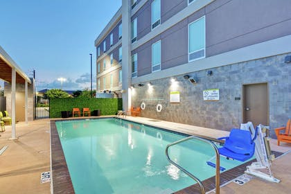 Pool | Home2 Suites by Hilton Baytown