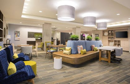 Lobby | Home2 Suites by Hilton Oxford