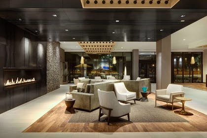 Lobby | DoubleTree by Hilton Greeley at Lincoln Park