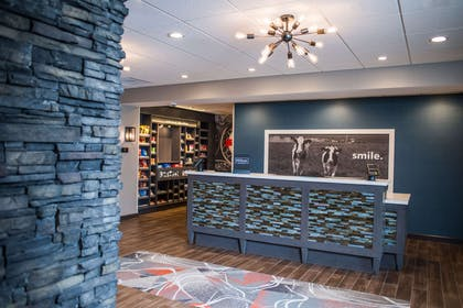 Reception | Hampton Inn & Suites at Wisconsin Dells Lake Delton