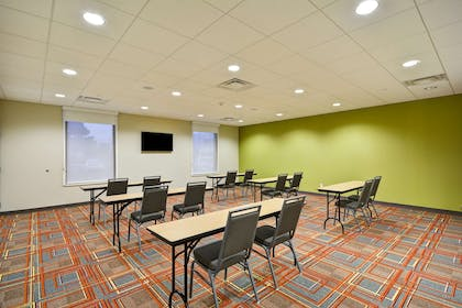 Meeting Room | Home2 Suites by Hilton Decatur Ingalls Harbor