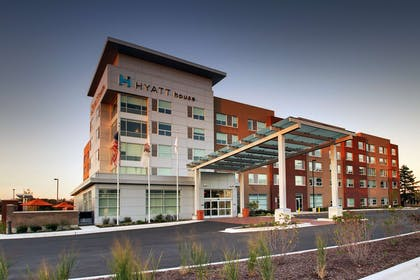 Exterior | Hyatt House Oak Brook