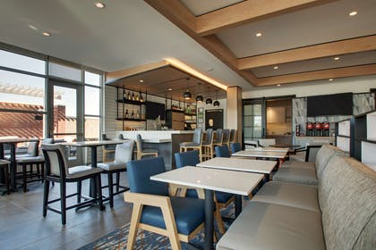 Restaurant | Hyatt House Oak Brook