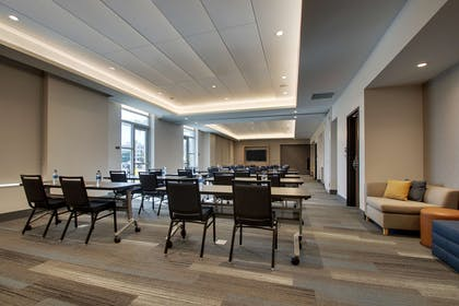 Meeting Room | Hyatt House Oak Brook