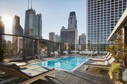 Viceroy Chicago Outdoor Pool | Viceroy Chicago