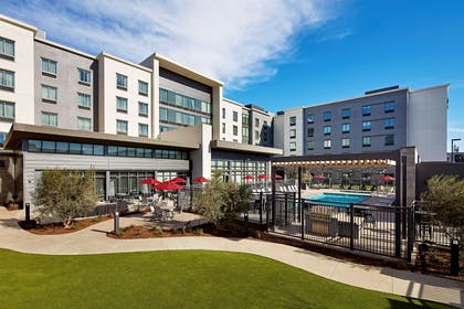 Exterior | Homewood Suites by Hilton Long Beach Airport