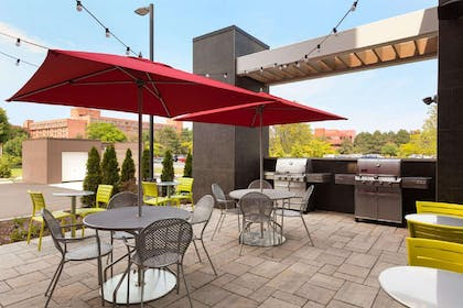 Restaurant | Home2 Suites by Hilton Albany Airport/Wolf Rd