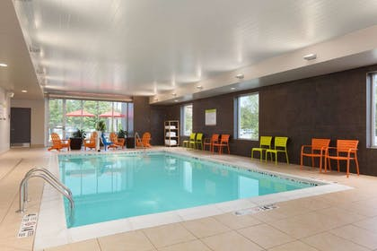 Pool   Home2 Suites by Hilton Albany Airport/Wolf Rd