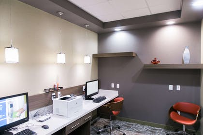 Business Center | Hampton Inn & Suites Amarillo East