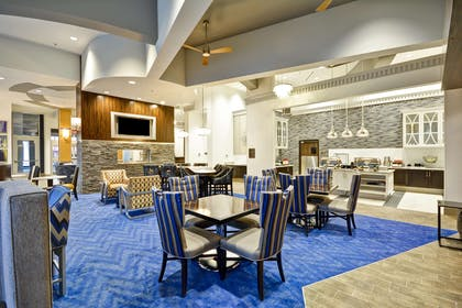 Restaurant | Homewood Suites by Hilton Birmingham Downtown Near UAB