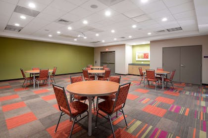 Meeting Room | Home2 Suites by Hilton Charlotte University Research Park
