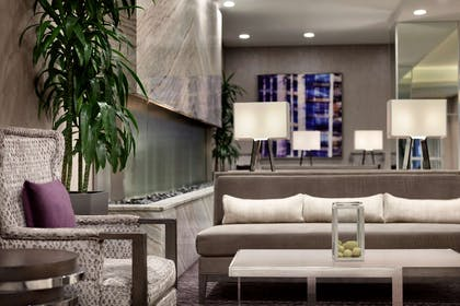 Lobby | Embassy Suites By Hilton Charlotte Uptown