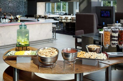 Restaurant | Embassy Suites By Hilton Charlotte Uptown