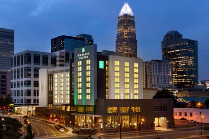 Exterior | Embassy Suites By Hilton Charlotte Uptown