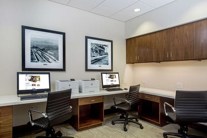 Business Center | Hampton Inn & Suites Oahu/Kapolei