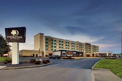 Exterior | DoubleTree by Hilton Mt. Vernon