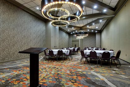 Meeting Room | DoubleTree by Hilton Mt. Vernon