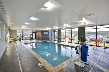 Pool | Home2 Suites by Hilton Pigeon Forge