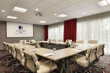 Meeting Room | DoubleTree by Hilton Toronto Airport West
