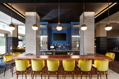 Bar Lounge | Hyatt Place Knoxville Downtown