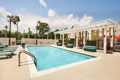 Pool | Home2 Suites By Hilton Mt Pleasant Charleston