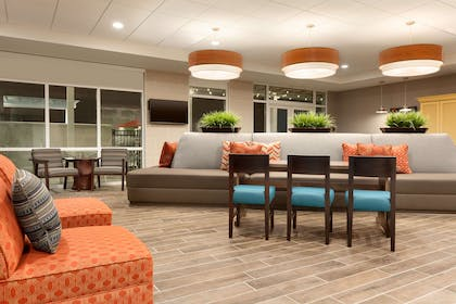 Lobby | Home2 Suites By Hilton Mt Pleasant Charleston