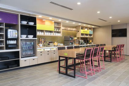 Restaurant | Home2 Suites Hilton Louisville Downtown NuLu