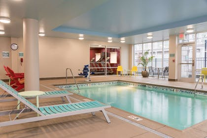 Pool | Home2 Suites Hilton Louisville Downtown NuLu