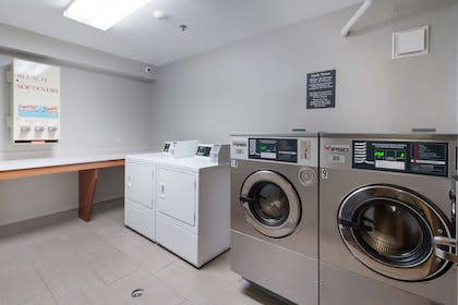 Laundry Room | GuestHouse Kennewick