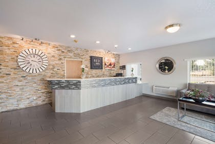 Lobby | GuestHouse Kennewick