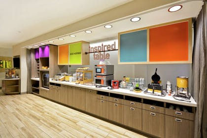 Breakfast Area | Home2 Suites by Hilton Perrysburg Levis Commons Toledo